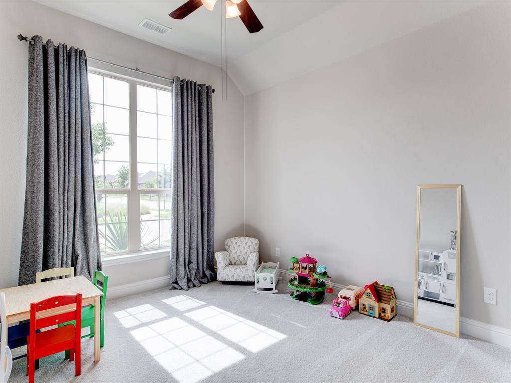 940 Parkside  Drive, Argyle, Texas 76226 - acquisto real estate best park cities realtor kim miller best staging agent
