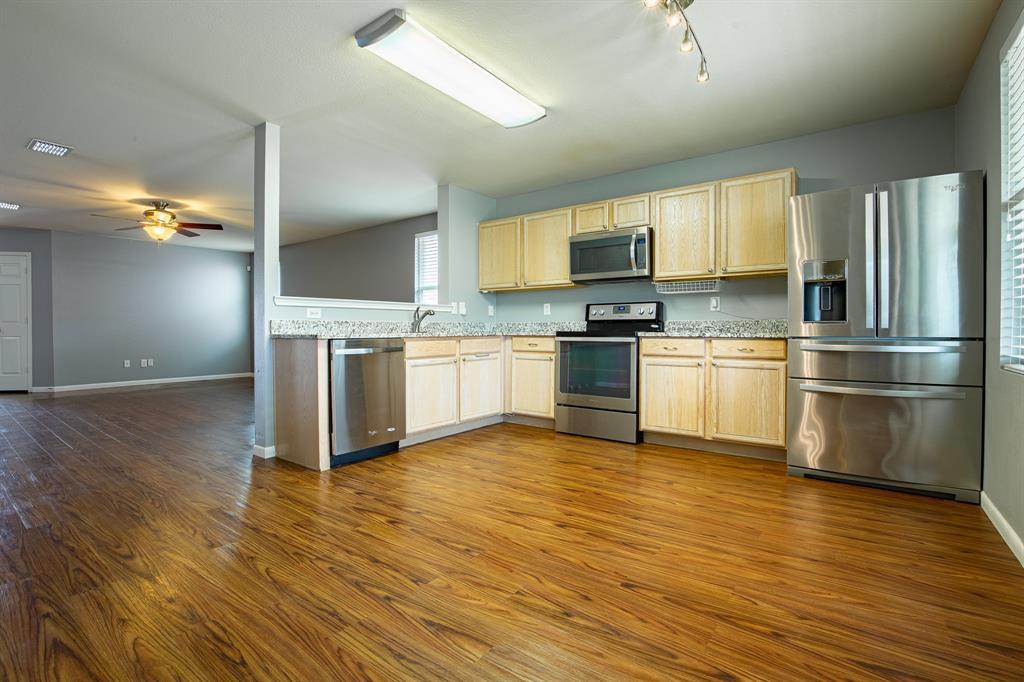 6117 St James  Place, Denton, Texas 76210 - acquisto real estate best highland park realtor amy gasperini fast real estate service