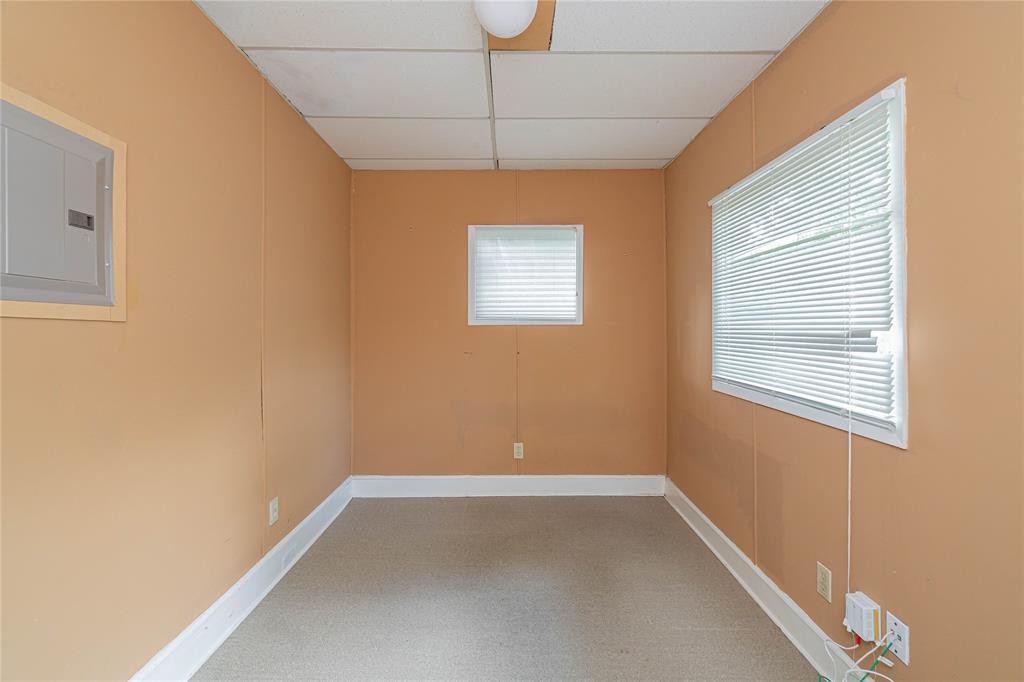 5941 Bryan  Parkway, Dallas, Texas 75206 - acquisto real estate best designer and realtor hannah ewing kind realtor