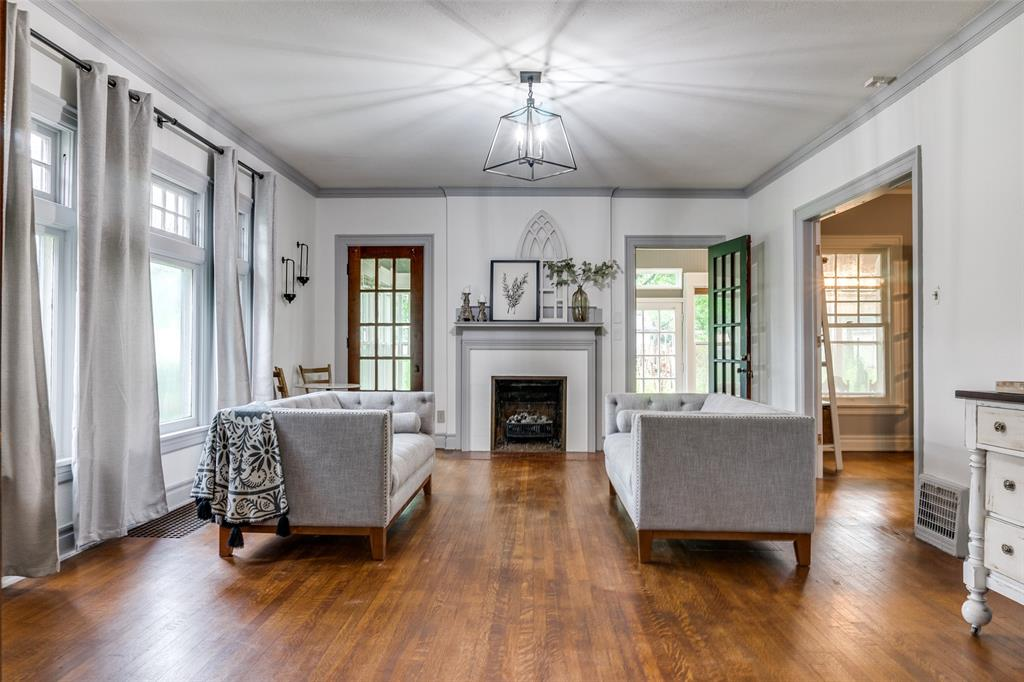 920 Avenue D  Garland, Texas 75040 - Acquisto Real Estate best mckinney realtor hannah ewing stonebridge ranch expert
