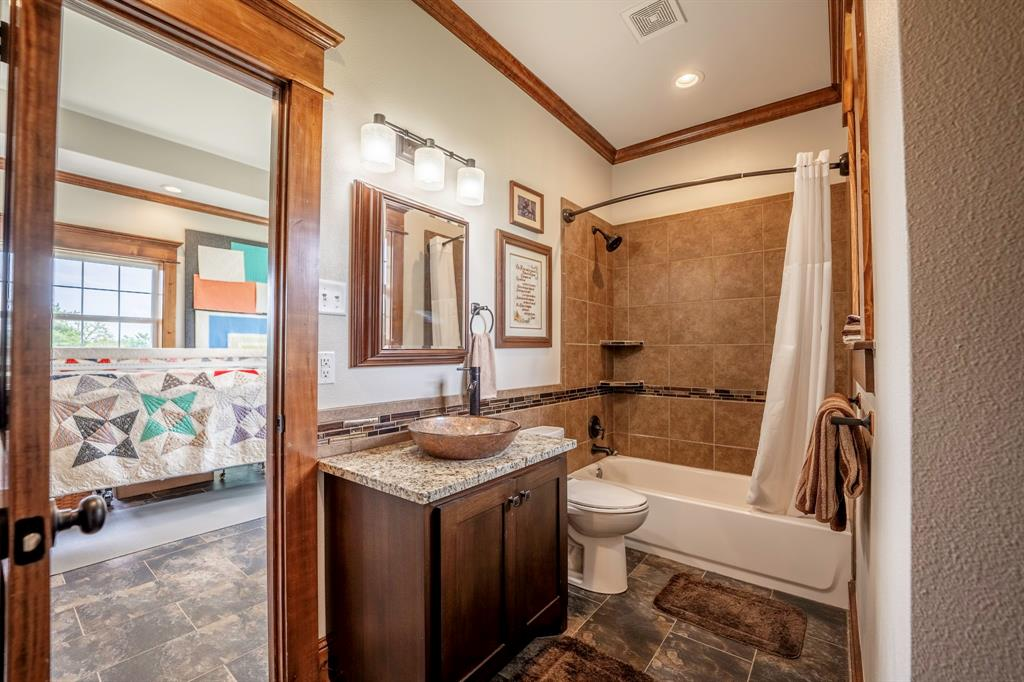 1347 Farm Road 269  Saltillo, Texas 75478 - acquisto real estate best new home sales realtor linda miller executor real estate