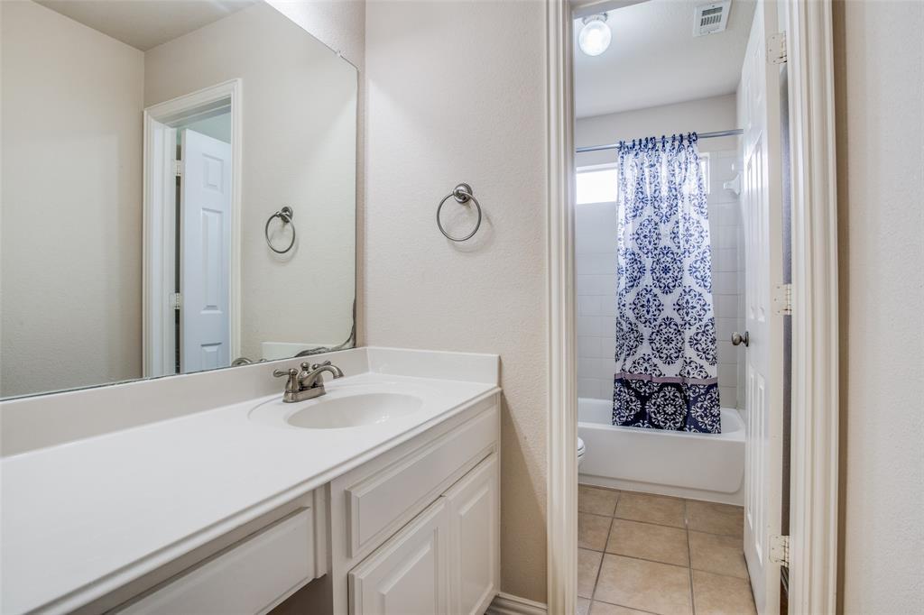 1720 Tulare  Drive, Allen, Texas 75002 - acquisto real estate best negotiating realtor linda miller declutter realtor