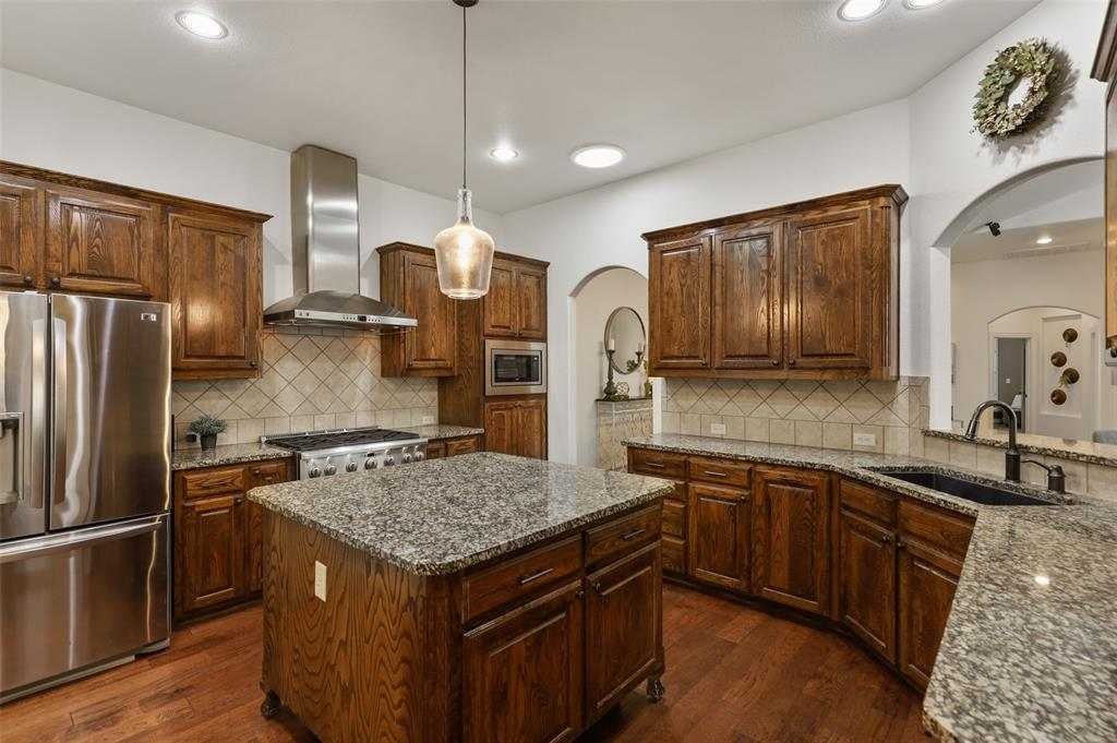9516 National Pines  Drive, McKinney, Texas 75072 - acquisto real estate best real estate company to work for