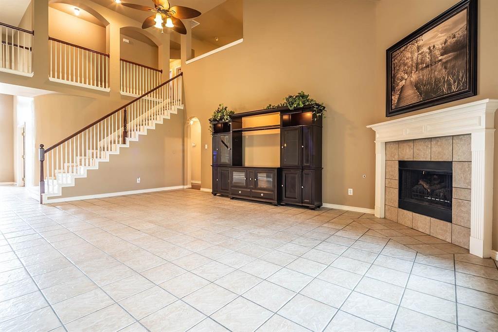 5508 Midnight Moon  Drive, Frisco, Texas 75034 - acquisto real estate best celina realtor logan lawrence best dressed realtor