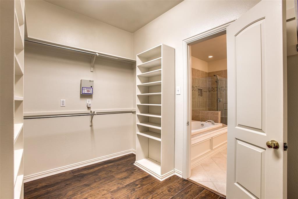 2204 Mesa Oak  Trail, Plano, Texas 75025 - acquisto real estate best realtor westlake susan cancemi kind realtor of the year