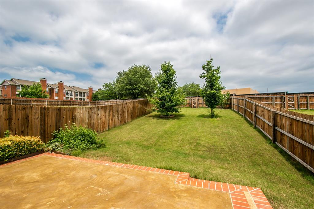 385 Busher  Drive, Lewisville, Texas 75067 - acquisto real estate best the colony realtor linda miller the bridges real estate