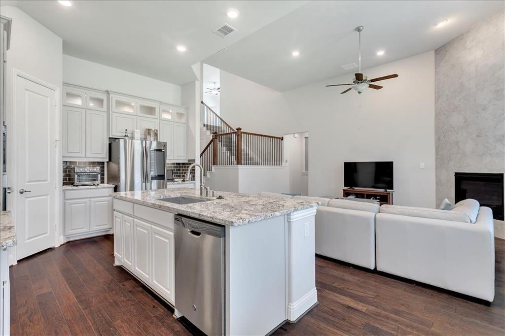 14336 Gatewood  Lane, Frisco, Texas 75035 - acquisto real estate best celina realtor logan lawrence best dressed realtor