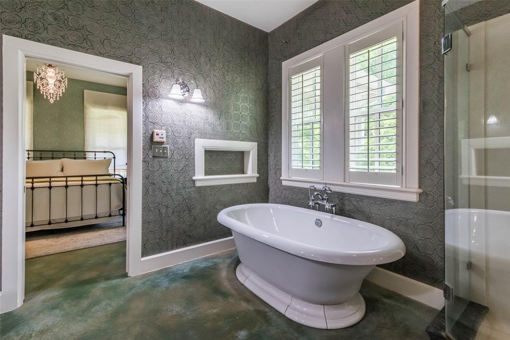 2340 Washington  Street, Sherman, Texas 75092 - acquisto real estate best realtor westlake susan cancemi kind realtor of the year