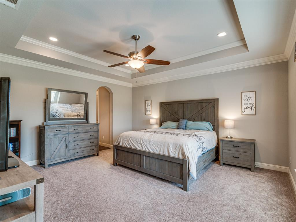 825 Broadhead  Road, Waxahachie, Texas 75165 - acquisto real estate best frisco real estate agent amy gasperini panther creek realtor