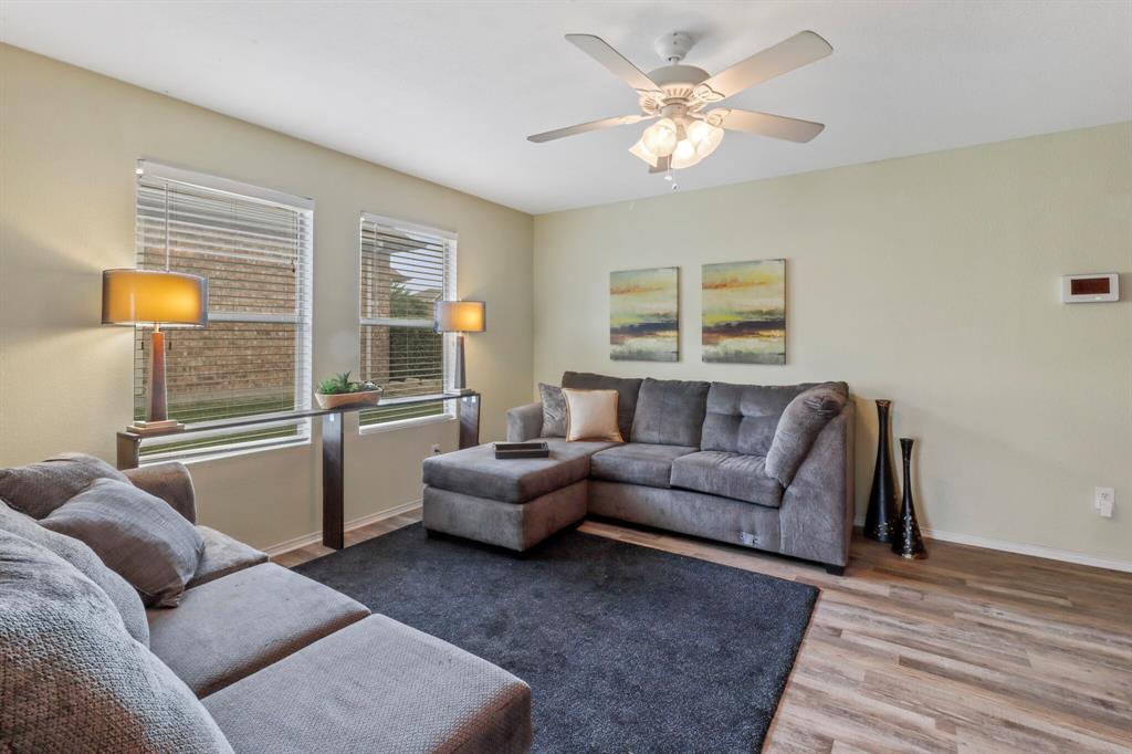 813 Rio Bravo  Drive, Fort Worth, Texas 76052 - acquisto real estate best prosper realtor susan cancemi windfarms realtor