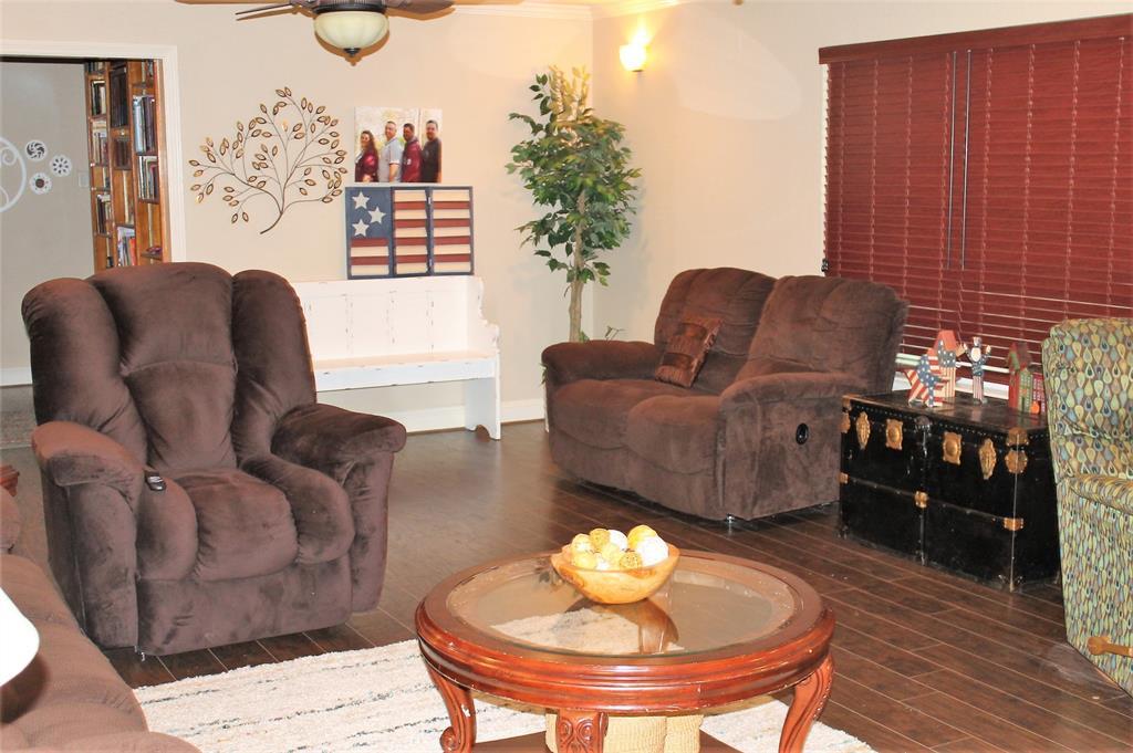 102 Las Brisas  Street, Gun Barrel City, Texas 75156 - acquisto real estate best new home sales realtor linda miller executor real estate