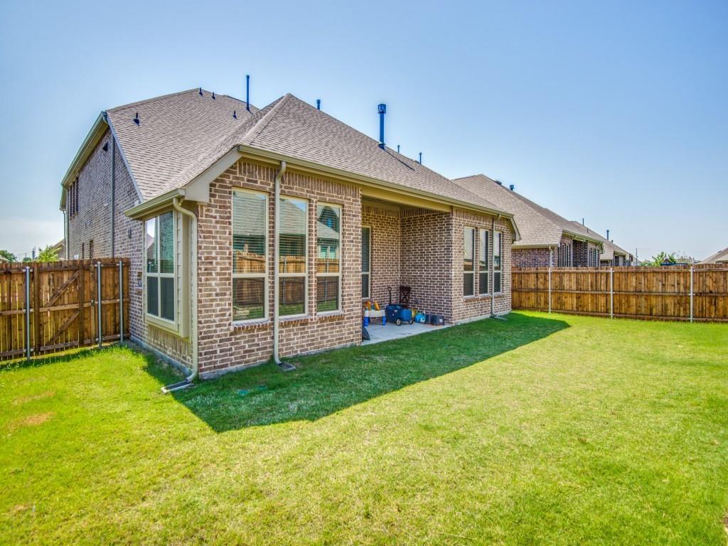 332 Prairie Ridge  Lane, Lewisville, Texas 75056 - acquisto real estate best listing photos hannah ewing mckinney real estate expert