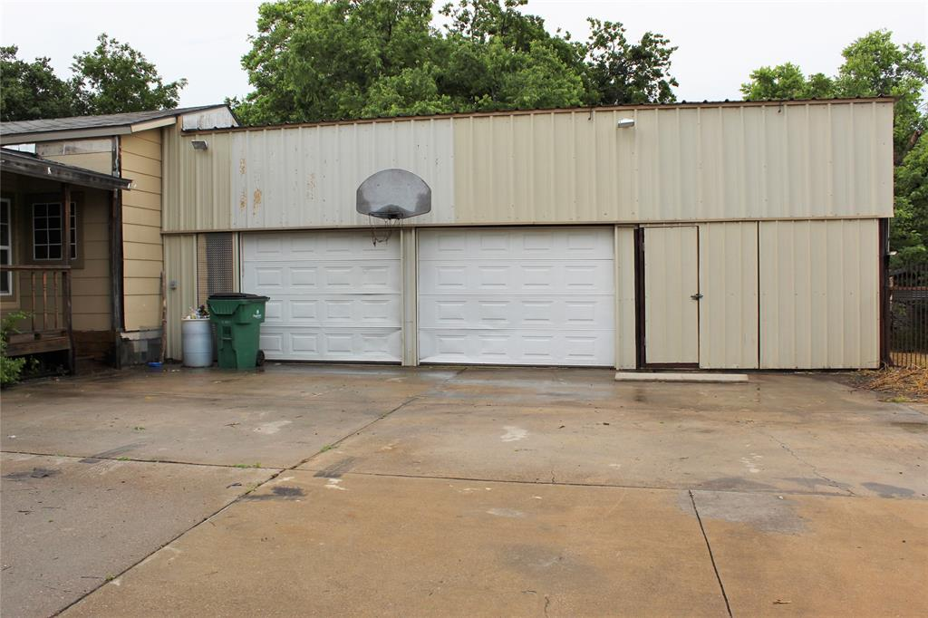 200 Lennox  Street, Stephenville, Texas 76401 - acquisto real estate best investor home specialist mike shepherd relocation expert