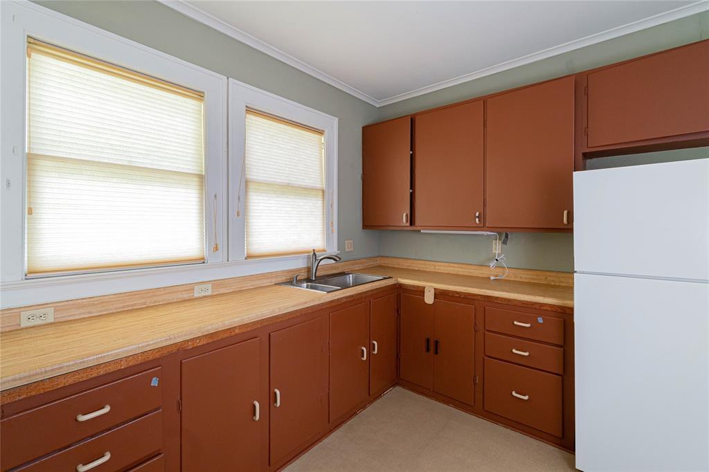5941 Bryan  Parkway, Dallas, Texas 75206 - acquisto real estate best highland park realtor amy gasperini fast real estate service