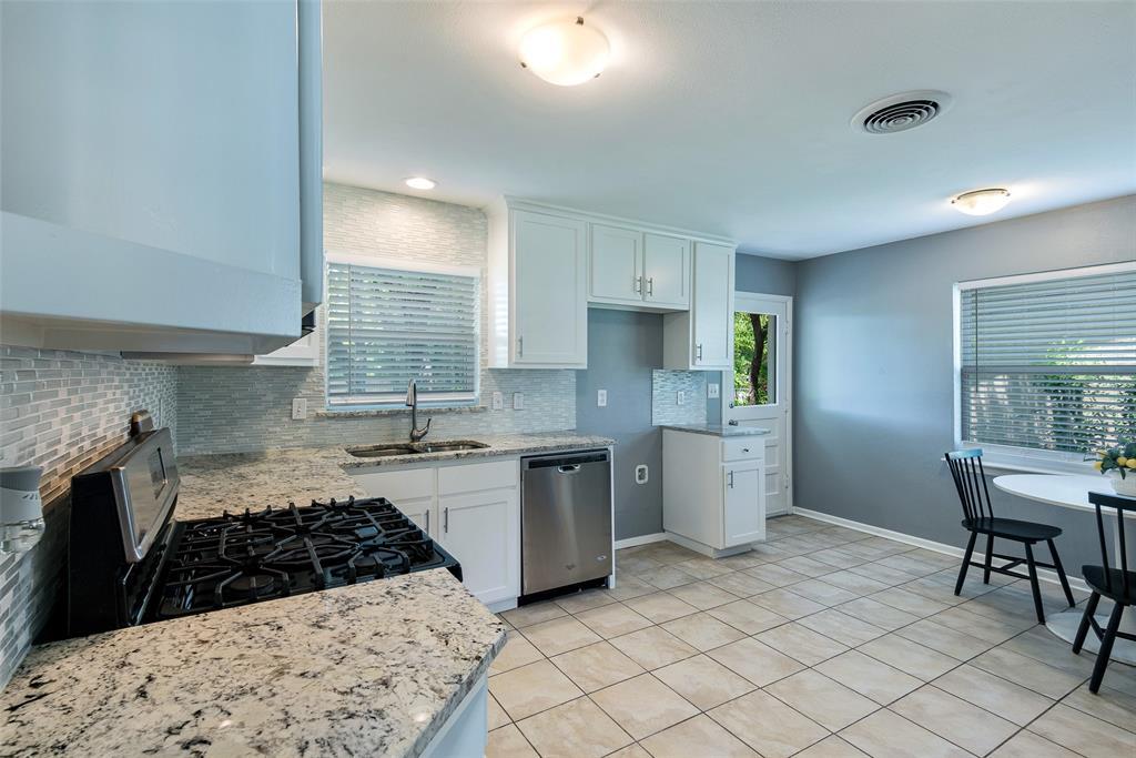 8815 Boundbrook  Circle, Dallas, Texas 75243 - acquisto real estate best highland park realtor amy gasperini fast real estate service