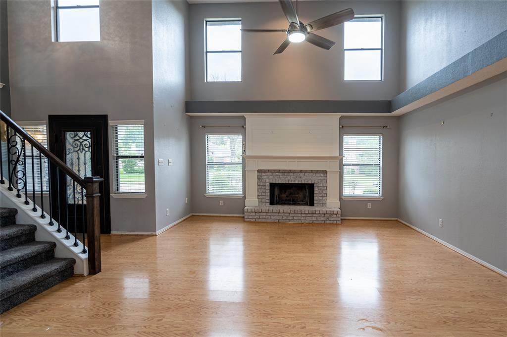 998 Acorn  Drive, Lewisville, Texas 75067 - acquisto real estate mvp award real estate logan lawrence