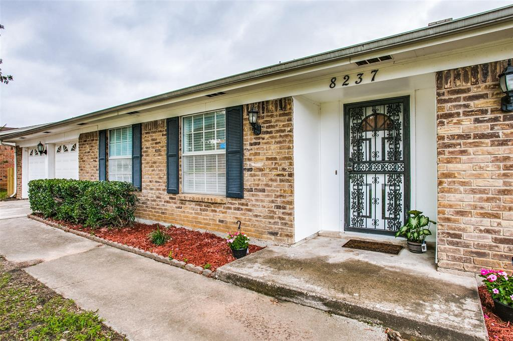 8237 Pearl  Street, North Richland Hills, Texas 76180 - acquisto real estate best the colony realtor linda miller the bridges real estate