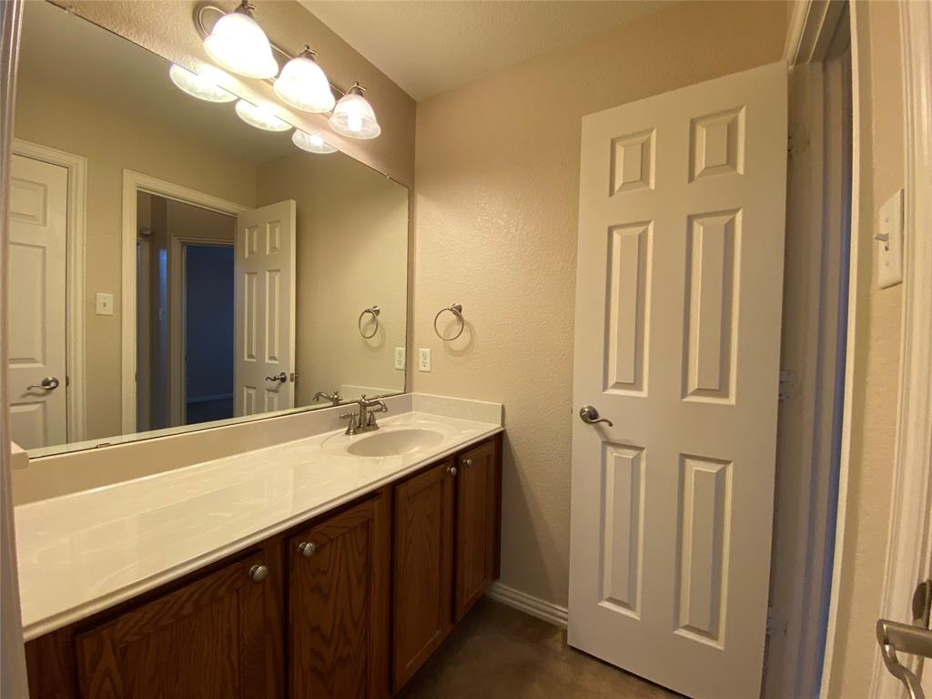 107 Lorient  Drive, Mansfield, Texas 76063 - acquisto real estate best park cities realtor kim miller best staging agent