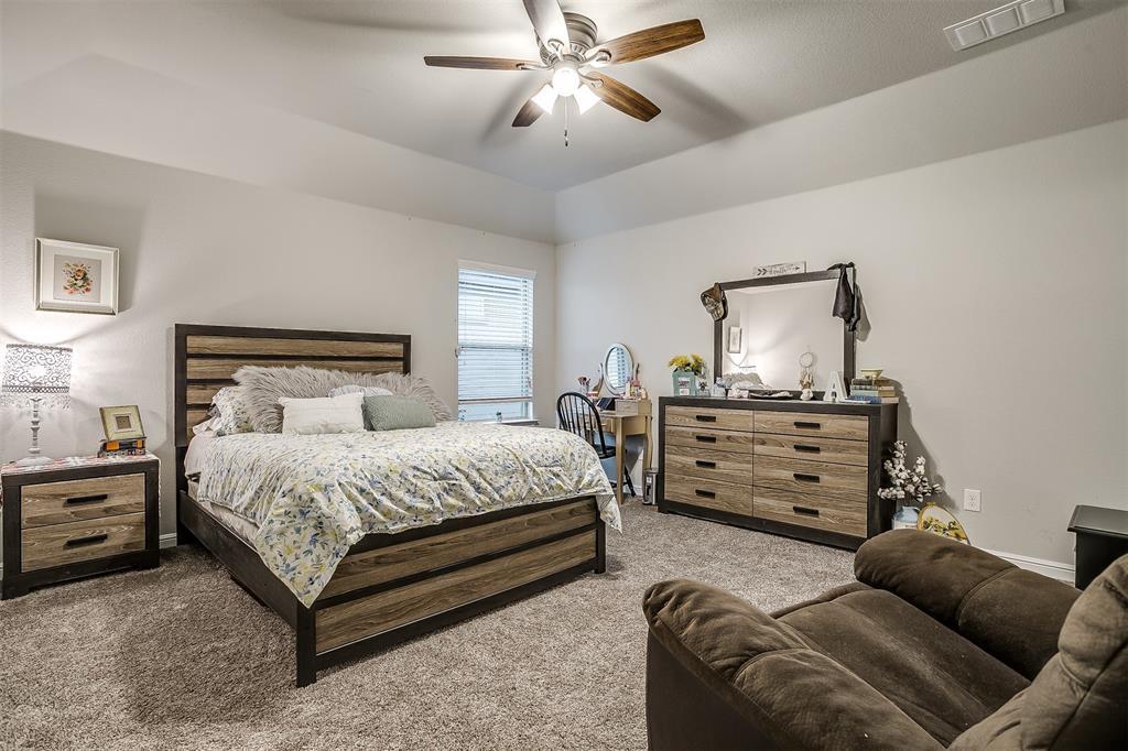 817 Dove  Cove, Argyle, Texas 76226 - acquisto real estate mvp award real estate logan lawrence