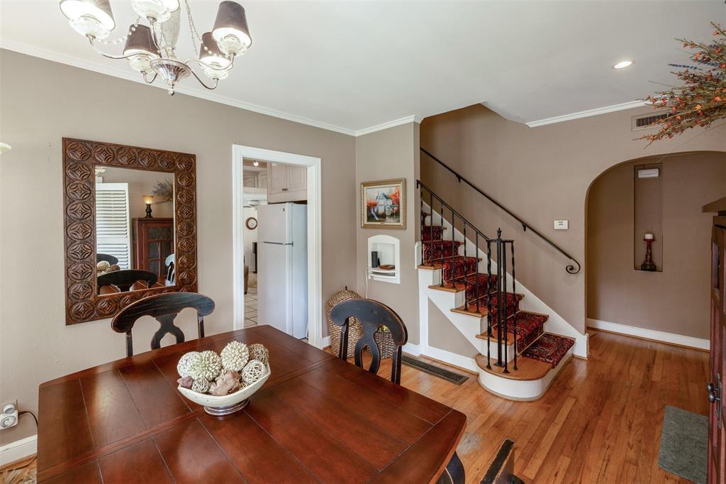 1154 Edgefield  Avenue, Dallas, Texas 75208 - acquisto real estate best listing listing agent in texas shana acquisto rich person realtor