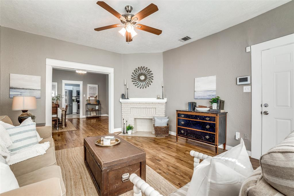 810 Elsbeth  Street, Dallas, Texas 75208 - acquisto real estate best the colony realtor linda miller the bridges real estate