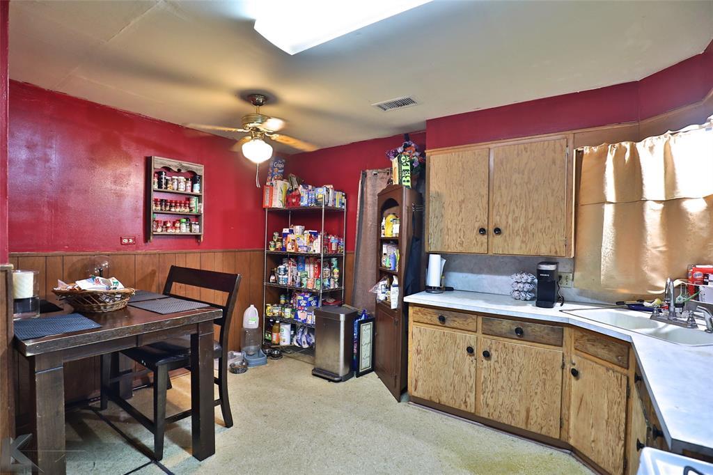 813 Orient  Street, Stamford, Texas 79553 - acquisto real estate best allen realtor kim miller hunters creek expert