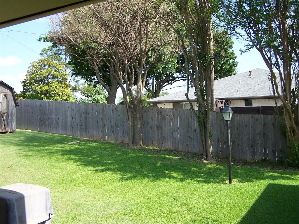 8258 Westrock  Drive, Dallas, Texas 75243 - acquisto real estate best negotiating realtor linda miller declutter realtor