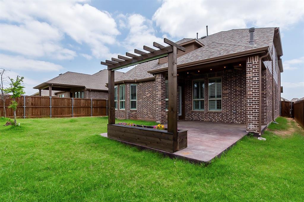 4020 Rosin  Street, Aubrey, Texas 76227 - acquisto real estate best plano real estate agent mike shepherd