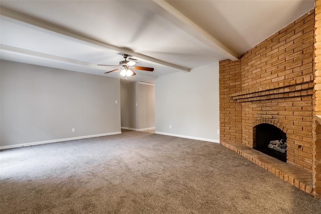 5609 Wimbleton  Way, Fort Worth, Texas 76133 - acquisto real estate best real estate company to work for