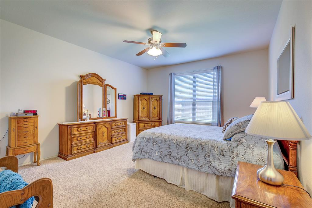 2116 Long Forest  Road, Heartland, Texas 75126 - acquisto real estate best listing agent in the nation shana acquisto estate realtor