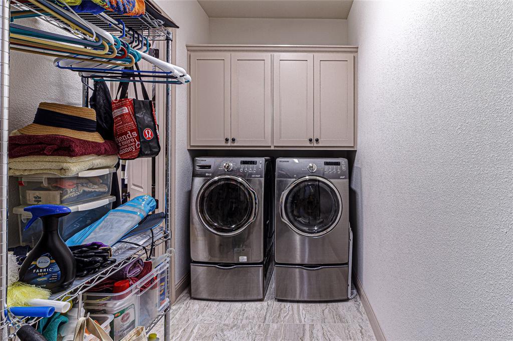 5613 Port Vale  Drive, McKinney, Texas 75071 - acquisto real estate best realtor foreclosure real estate mike shepeherd walnut grove realtor