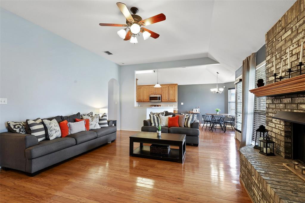 525 Addison  Street, Lake Dallas, Texas 75065 - acquisto real estate best celina realtor logan lawrence best dressed realtor
