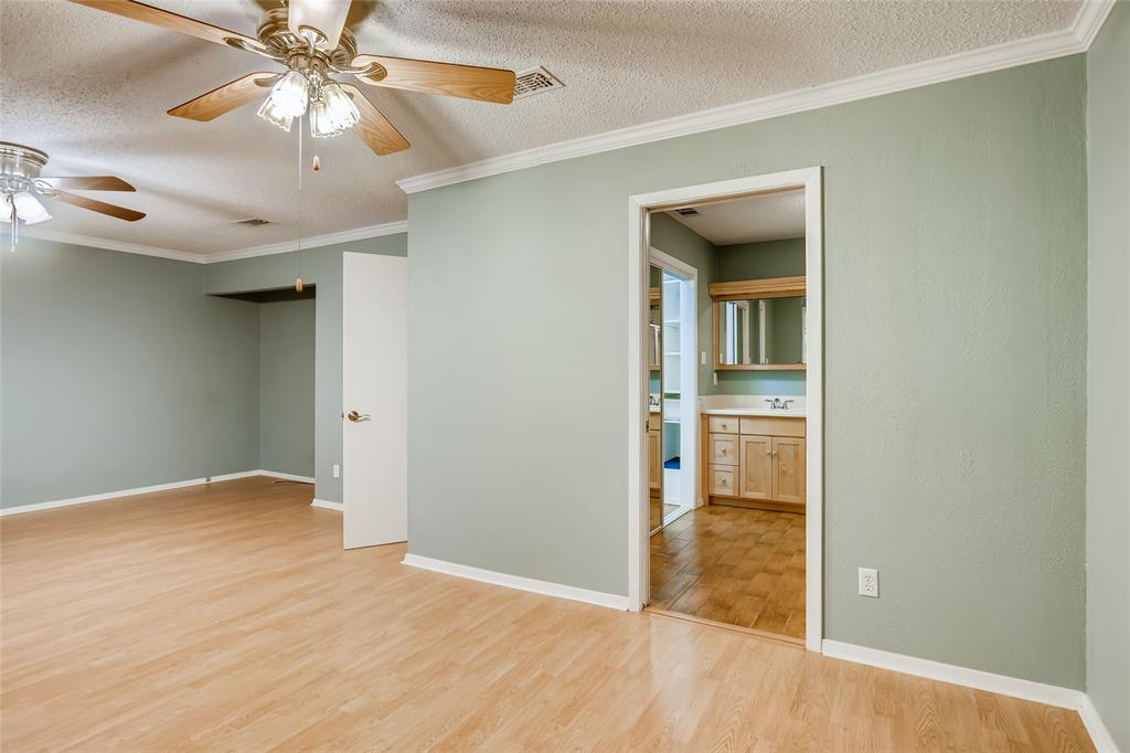 232 Westview  Terrace, Arlington, Texas 76013 - acquisto real estate best luxury buyers agent in texas shana acquisto inheritance realtor