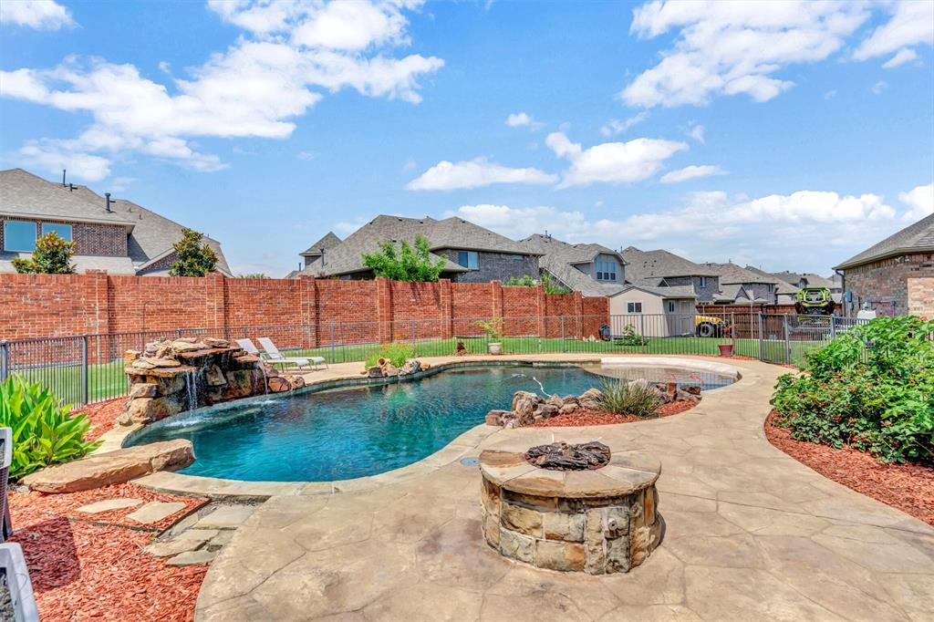 1601 Bryce Canyon  Lane, Allen, Texas 75002 - acquisto real estate best looking realtor in america shana acquisto