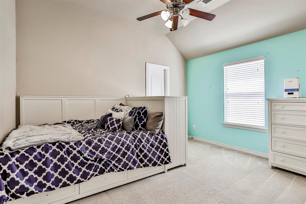 1412 Mesa Flats  Drive, Fort Worth, Texas 76052 - acquisto real estate best realtor dfw jody daley liberty high school realtor