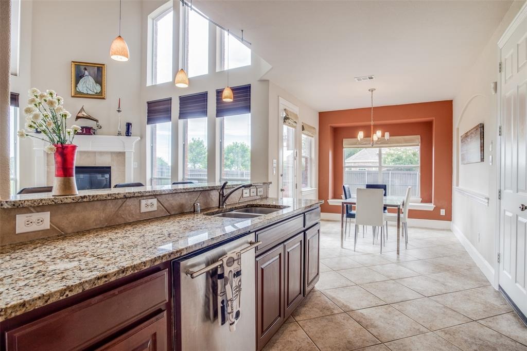 1720 Tulare  Drive, Allen, Texas 75002 - acquisto real estate best new home sales realtor linda miller executor real estate