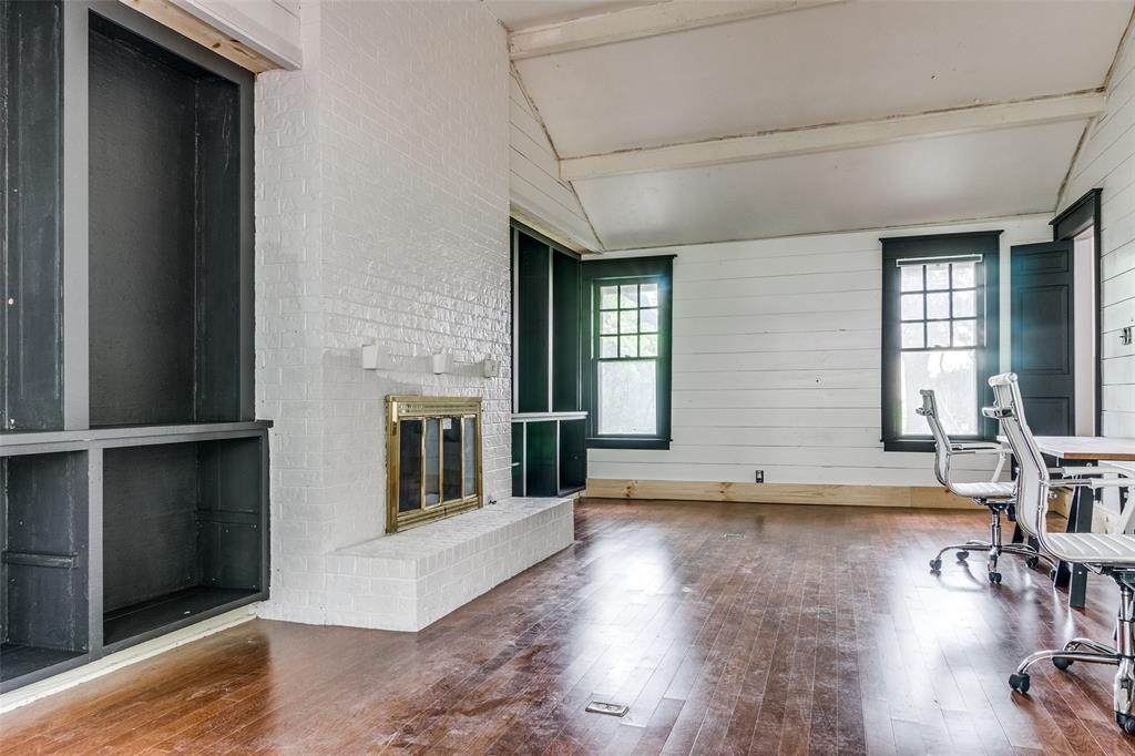 920 Avenue D  Garland, Texas 75040 - acquisto real estate best designer and realtor hannah ewing kind realtor