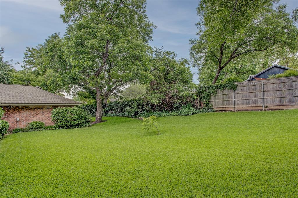 1513 Northcrest  Court, Fort Worth, Texas 76107 - acquisto real estate best real estate idx dilusso marketing mike acquisto