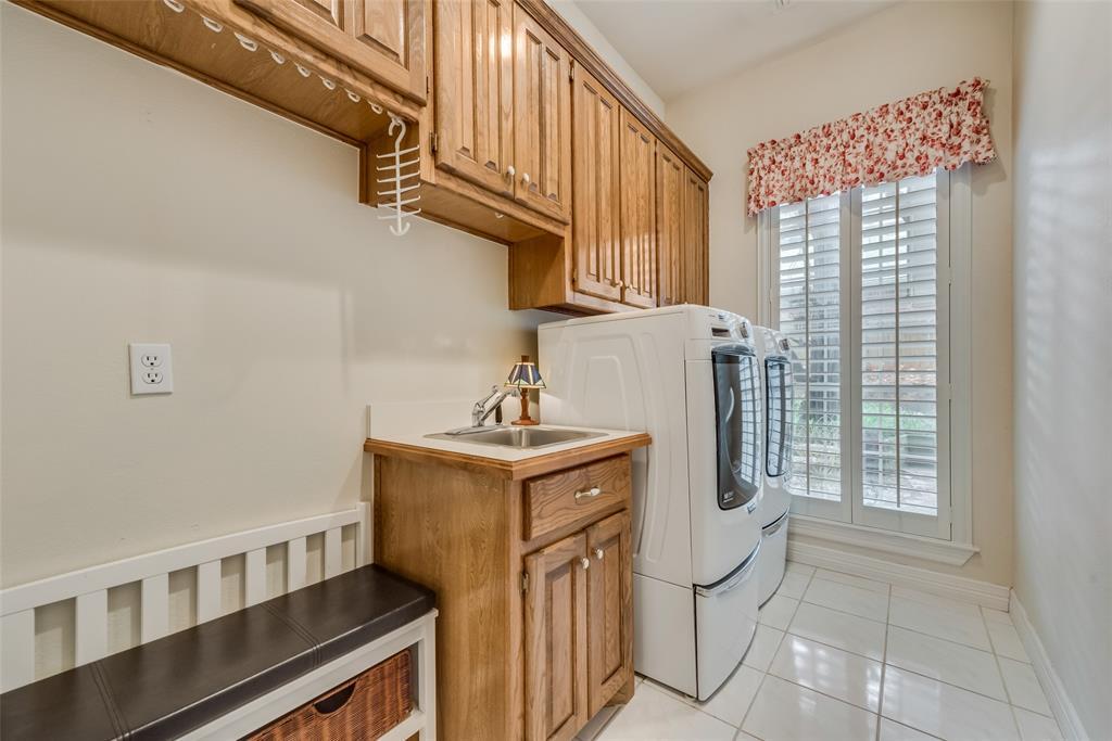 809 Newport  Way, DeSoto, Texas 75115 - acquisto real estate best realtor foreclosure real estate mike shepeherd walnut grove realtor