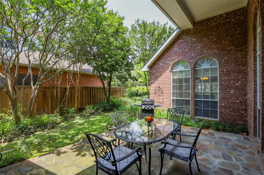3825 Waterford  Drive, Addison, Texas 75001 - acquisto real estate best realtor foreclosure real estate mike shepeherd walnut grove realtor