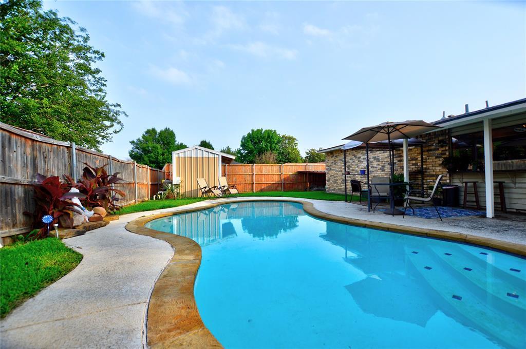 1805 Santa Fe  Court, Grand Prairie, Texas 75052 - Acquisto Real Estate best plano realtor mike Shepherd home owners association expert