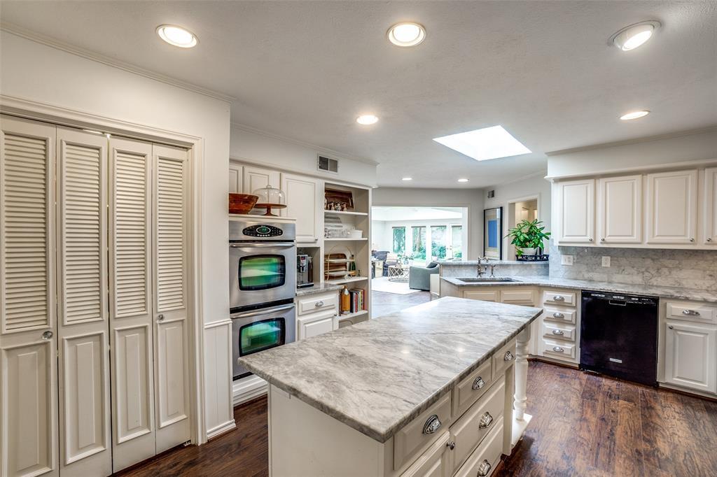 4240 Glenaire  Drive, Dallas, Texas 75229 - acquisto real estate best designer and realtor hannah ewing kind realtor
