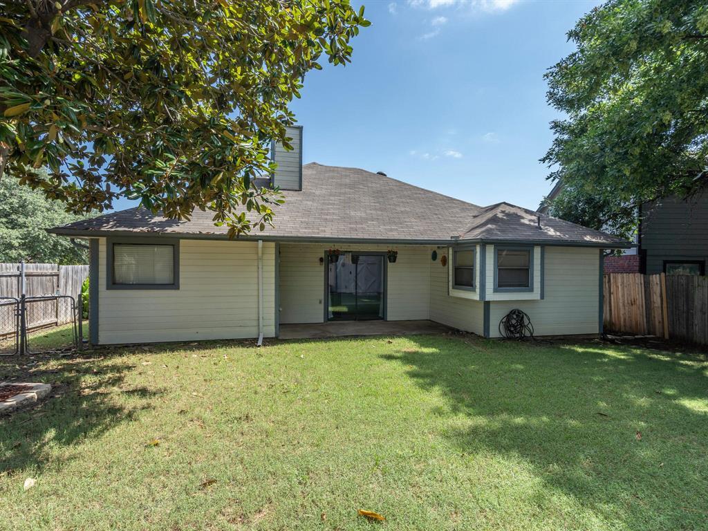 210 Mahogany  Drive, Arlington, Texas 76018 - acquisto real estate best listing photos hannah ewing mckinney real estate expert