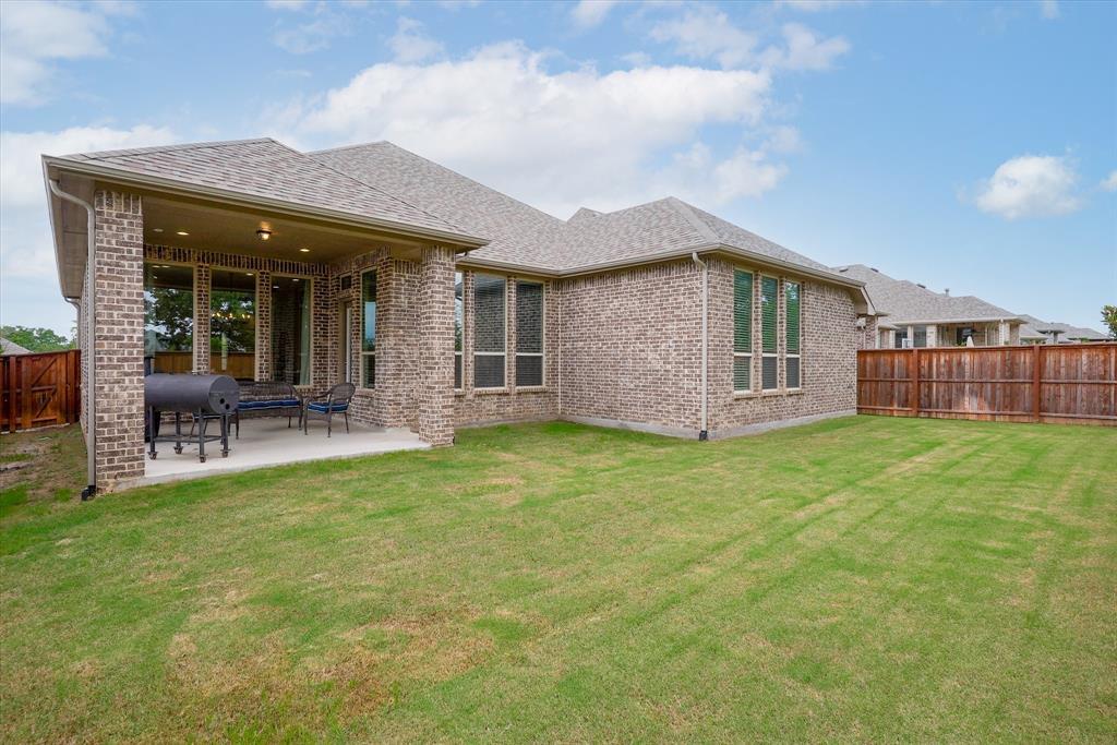 1516 Trinidad  Way, Lantana, Texas 76226 - acquisto real estate agent of the year mike shepherd