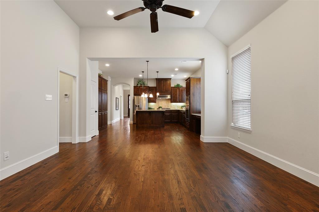 1624 Golf Club  Drive, Lantana, Texas 76226 - acquisto real estate best designer and realtor hannah ewing kind realtor