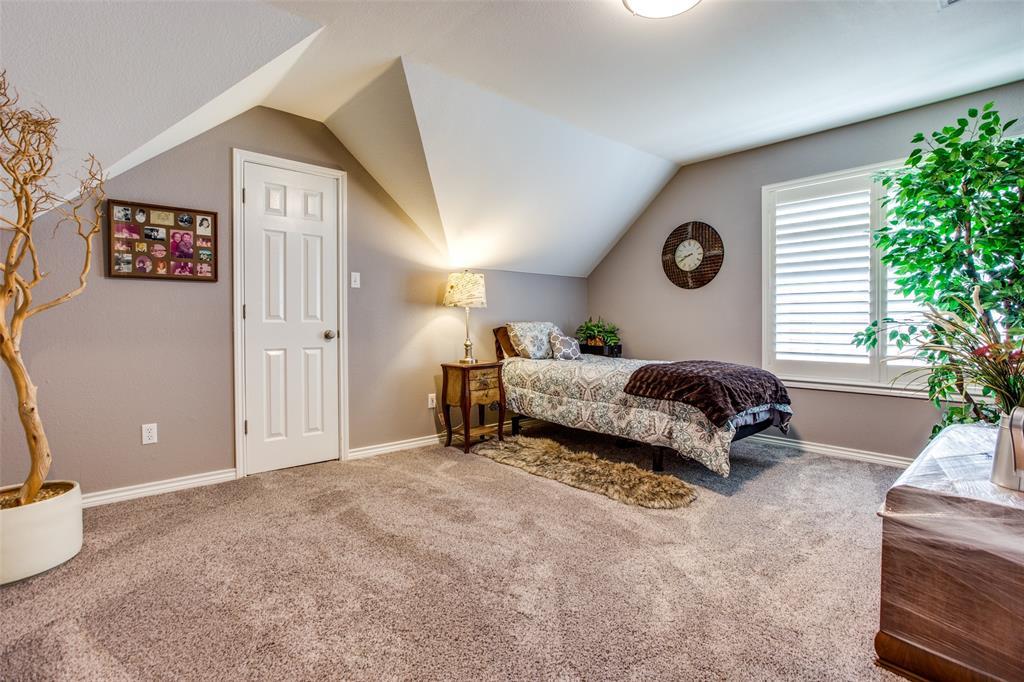 204 Laurel Creek  Drive, Sherman, Texas 75092 - acquisto real estate best realtor dallas texas linda miller agent for cultural buyers