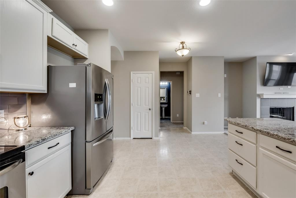 12520 Summerwood  Drive, Fort Worth, Texas 76028 - acquisto real estate best real estate company to work for