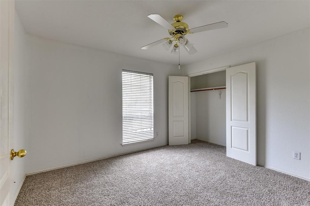 8715 Woodrigg  Drive, Dallas, Texas 75249 - acquisto real estate best new home sales realtor linda miller executor real estate
