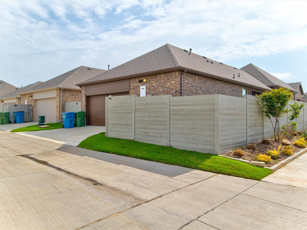 940 Parkside  Drive, Argyle, Texas 76226 - acquisto real estate best real estate idx dilusso marketing mike acquisto