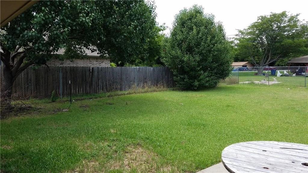 305 Lois  Street, Roanoke, Texas 76262 - acquisto real estate best the colony realtor linda miller the bridges real estate